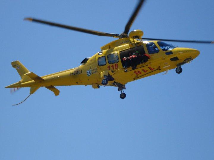 Elicottero Dat3 : Cai sarnano elisoccorso